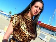 Vidéo porno mobile : Panthère vorace enculée à la plage